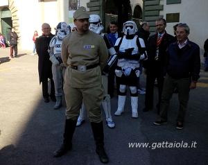 L'armata imperiale in scorta