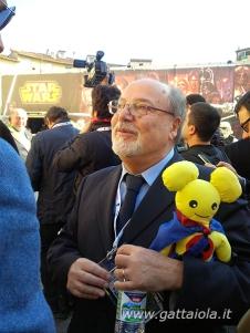 Il direttore di Lucca Comics and Games, Renato Genovese, con la Rat-Pigotta Unicef