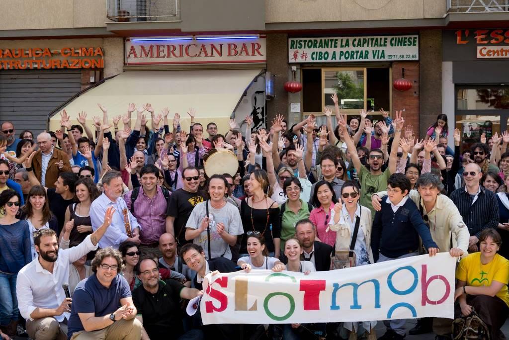 Una manifestazione slot mob; foto dal sito www.focolare.org