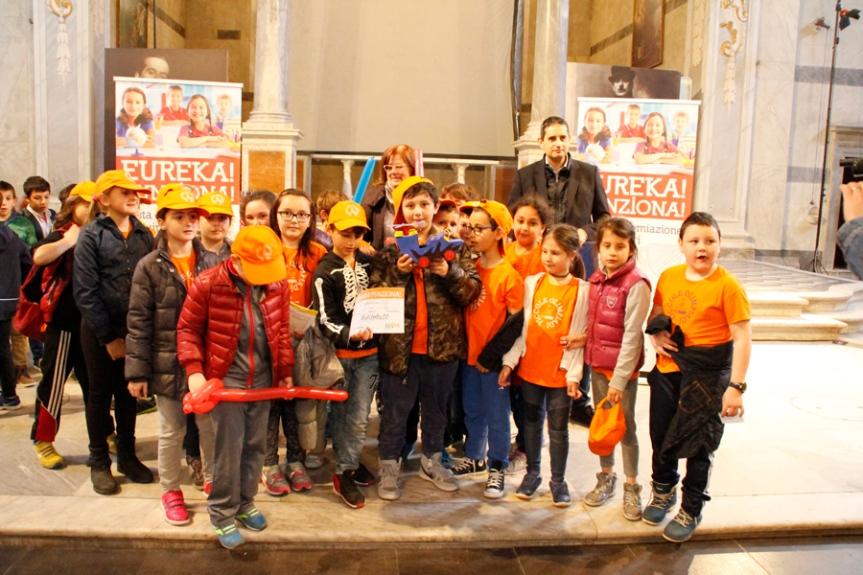 Primi classificati classi III scuola Bibolotti di Pietrasanta