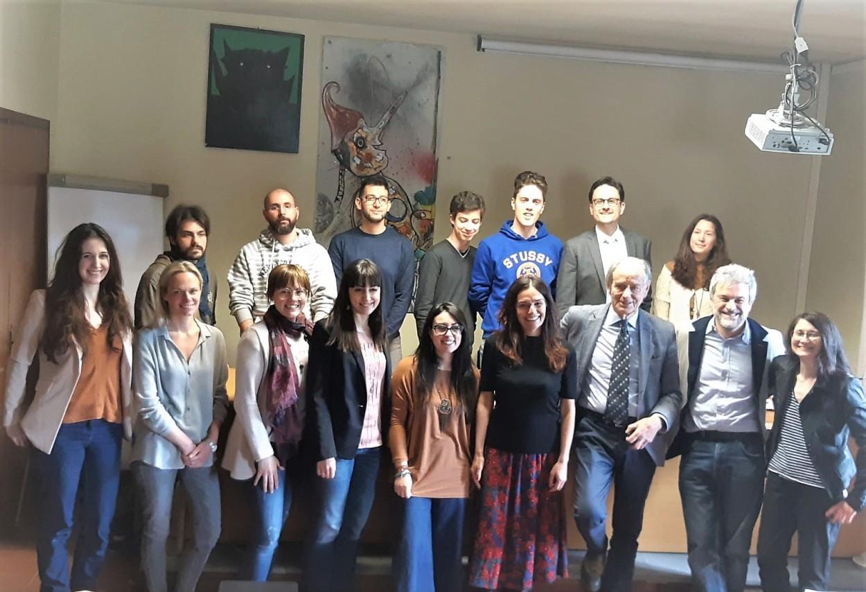 i partecipanti giovani aspiranti scrittori insieme ad Emanuele Vietina, Pierfrancesco Bernacchi, Pierdomenico Baccalario e Chiara Fiengo.
